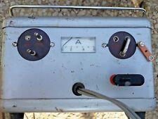 Ancien chargeur de batterie AGRY en tôle , louvers , garage
