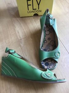 FLY GREEN LEATHER 'DRIVE' SLINGBACK WEDGE SANDALS, WORN TWICE, SIZE UK 6, EUR 39