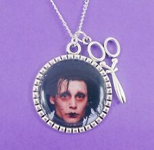 EDWARD SCISSORHANDS NECKLACE johnny depp tim burton goth punk emo scene scissors