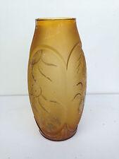 ancien grand vase en verre coloré  epoque art deco 1930 décor floral