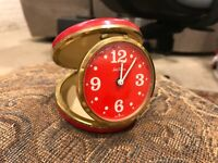 VERY RARE SETH THOMAS TRAVEL ALARM CLOCK  MID MODERN RED FACE mod font late 50's