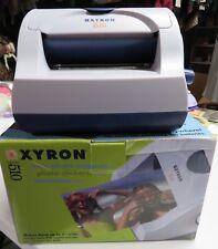 SCRAPBOOK XYRON MODEL 510 MACHINE - PHOTO MAGNETS STICKERS LAMINATES