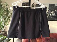 ATHLETA sz L Dark Gray Stretch Nylon Skort Skirt Built In Shorts / Lining