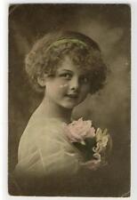 AK Mädchen mit Rosen, 1912