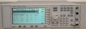 HP Agilent E4420B ESG-A Signal Generator 250khz-2GHz Works