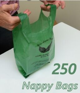 Disposable Nappy Bags Biodegradable w/ Handles | Roll of 250 Diaper waste Bag