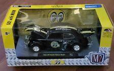 M2 Machines 1952 VW Beetle Deluxe Model Go! with Moon S21 17-04