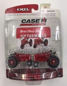 Ertl 14691 1:64 Farmall H and M Tractor Set