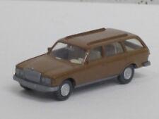 MERCEDES-BENZ 250 T station wagon in argilla marrone, con tetto scorrevole, O. OVP, Wiking, 1:87