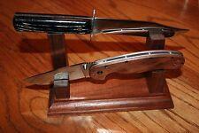 Walnut Wood Double Knife Display Stand