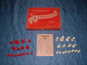 1945 VINTAGE BOARD GAME LOWE TOURNAMENT CHESSMEN