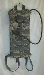 US Army ACU Digital Camo Molle Hydramax 3L Hydration Pack Camelbak