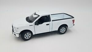 Welly - 1:24 Scale - 2010 Ford F-150 Regular Cab Pickup - White - Excellent!