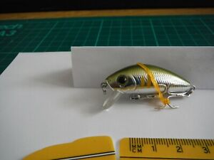 YO-ZURI L-MINNOW 44mm and 5.2g.