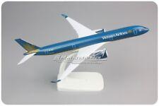 20CM Solid Vietnam Airlines Airbus A350-900 Passenger Airplane Diecast Model