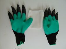 NEW Gardening Gloves Garden Plastic Claw Finger tips Green 1 pair