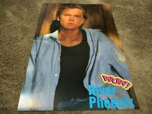 RIVER PHOENIX CENTERFOLD CLIPPING POSTER FROM MAGAZINE 80'S GORGEOUS BLUE EYES