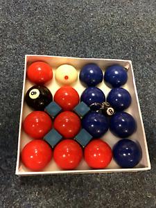 Blue Red Pool balls set league pub 6 spot cue ball ,4 blue chalk 8 ball keyring