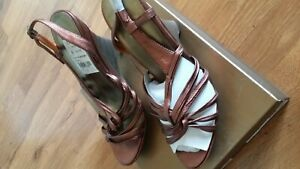 Steve Madden Luminus Wedge Sandals Rose Gold Leather Shoes Size 8.5 New In Box