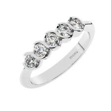 0.30ct Bar Set Rund Brilliant Schnitt Diamant Halb Eternit Ring in Platin