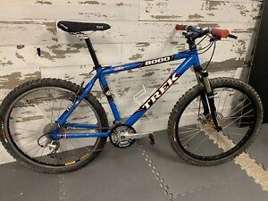 "Trek 8000 SLR Mountain Bike - 18"", Shimano XT / XTR, Rockshox SID, Avid Disc"
