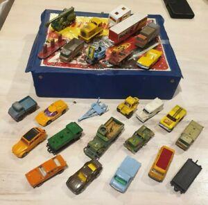 Matchbox lot de voitures avec valise