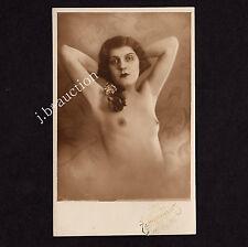 PETITE NUDE WOMAN / ZARTE NACKTE FRAU * Vintage 30s Photo PC by WEITZMANN VIENNA