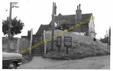 Cuxton Railway Station Photo. Rochester - Halling. Strood to Maidstone Line (4)