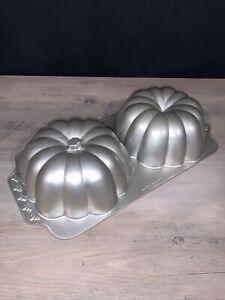 Nordic Ware The Great Pumpkin Bundt Cake Pan