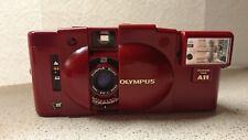 Olympus XA3 35 mm compacto cámara de cine y A11 Flash Rara Edición Limitada Red