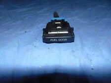 91 92 93 94  LINCOLN TOWN CAR - FUEL GAS DOOR RELEASE CONTROL SWITCH