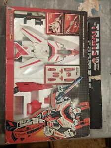 Vintage Hasbro Transformers G1 Autobot Air Guardian Jetfire With Box