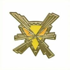 Takara TOMY- Metal Pokemon Badge Pin- Kalos Gym- Voltage Gym Badge
