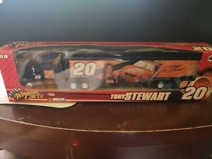 #20 TONY STEWART Home Depot HAULER - TRANSPORT 2008 WINNERS CIRCLE 1:64