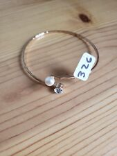 Paparazzi Bracelet(new)GOLD W/ PEARL & CLEAR GEM 326