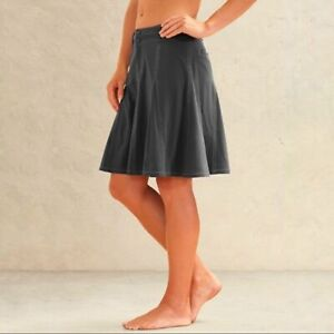 Athleta Whatever Trail Skort Skirt Size 6 P Grey Gray Flare QuickDry Womens