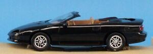 AMT ERTL 1:25 1995 Chevrolet Camaro Convertible Z28 Black Built Model #8902EO