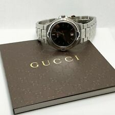 New! $990 Gucci 9040M Midsize Mens Ladies Stainless Steel Watch (6741)