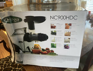 NEW Omega NC900HDC Quiet Motor Slow Masticating Dual-Stage 150-Watt Juicer