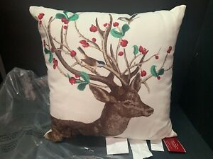 """20"""" Pottery Barn In OUTDOOR Winter Berry Doe Reindeer PILLOW Christmas Gift NEW"""