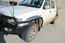 MCC 4WD STEEL BRUSH BARS TO SUIT TOYOTA HILUX 1997-2005 ***BRAND NEW***