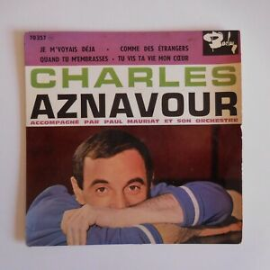 Charles AZNAVOUR disque vinyle 45 tours EP Médium BARCLAY 70357 France N7317