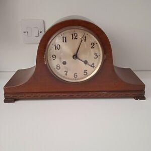 Urgos Mantle Clock
