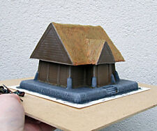 28mm - Wooden House, chimney and thatched roof  Pro-Painted (lotr, warhammer)