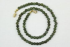 Bisutería de color principal verde de piedra