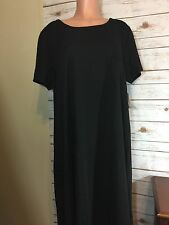 NWT Lularoe Carly Dress - Solid Black - Textured with Dress Pocket - Size 2XL