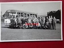 PHOTO  ALEXANDER LEYLAND PSU1/15 BUS NO PC37 REG DWG 694 & EMPLOYEES