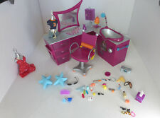 Bratz Stylin Hair Beauty Studio Salon Desk Chair Sink Clothes Lamp Glasses 51 pc
