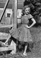 8x10 Print Betty Grable Sexy Outdoor pose #BDEP