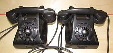 Due telefoni neri anni 50